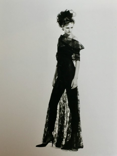 <span class=&#34;title&#34;>Chanel, Collection Haute-Couture Automne/Hiver<span class=&#34;title_comma&#34;>, </span></span><span class=&#34;year&#34;>1996</span>