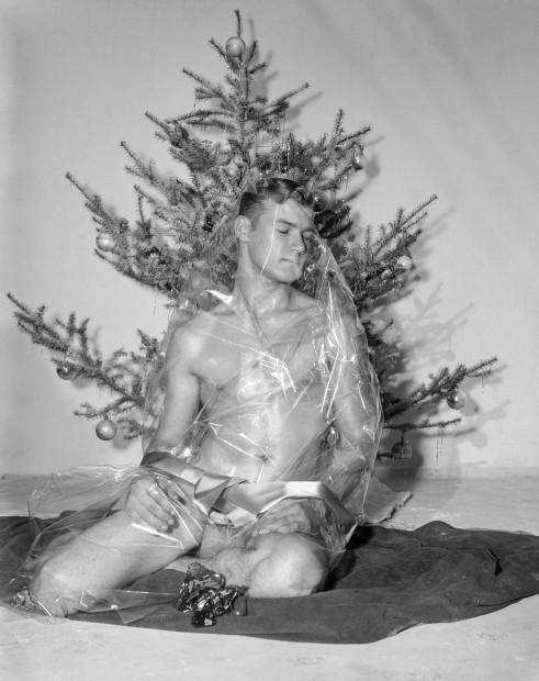 Bob Mizer, Bill Seiner (wrapped), Los Angeles, 1956
