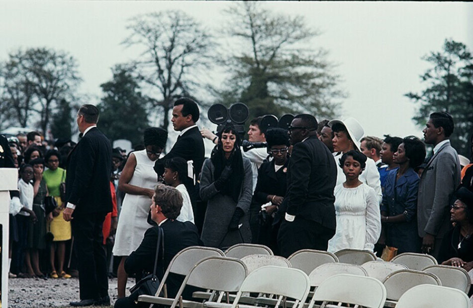 Howard L. Bingham Harry and Julie Belafonte at MLK's Funeral chromogenic print 26 x 36 inches