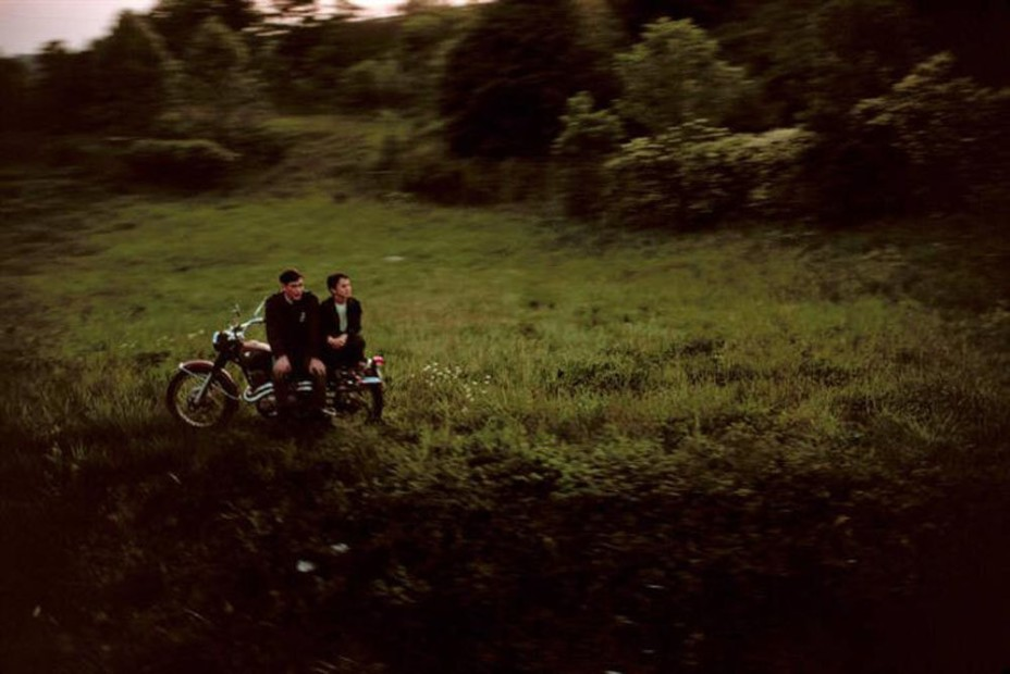 Paul Fusco RFK Funeral Train #2412 chromogenic print paper size: 20 x 24 inchesimage size: 15 x 22 inches