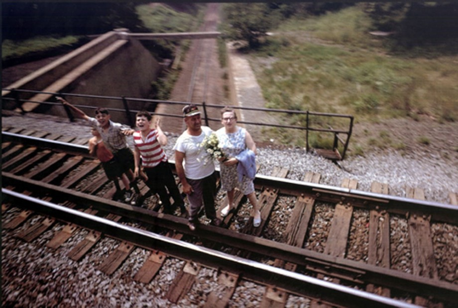 Paul Fusco RFK Funeral Train #2375 chromogenic print paper size: 20 x 24 inchesimage size: 15 x 22 inches