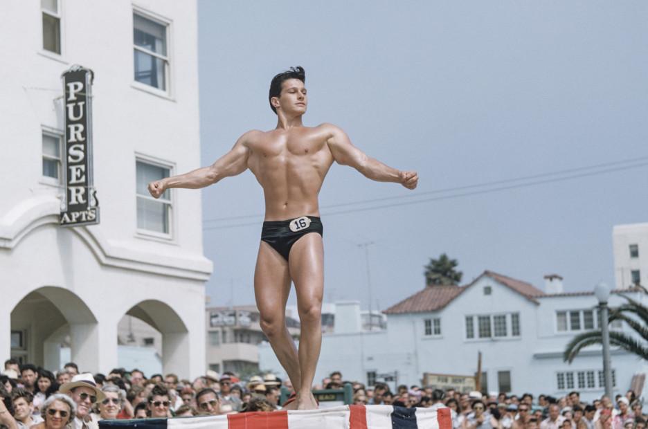 Bob Mizer, Untitled (Muscle Beach #30), Santa Monica, California, c. 1949