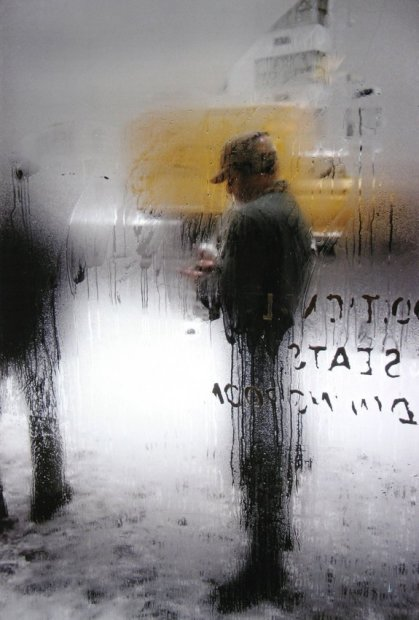 Saul Leiter Snow chromogenic print 14 x 11 inches35.6 x 27.9 cms