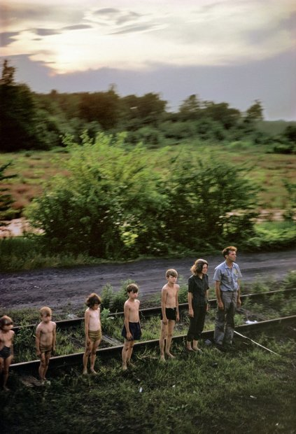 Paul Fusco RFK Funeral Train #2419 chromogenic print paper size: 24 x 20 inchesimage size: 22 x 15 inches