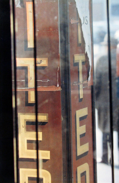 Saul Leiter ITE chromogenic print 14 x 11 inches35.6 x 27.9 cms