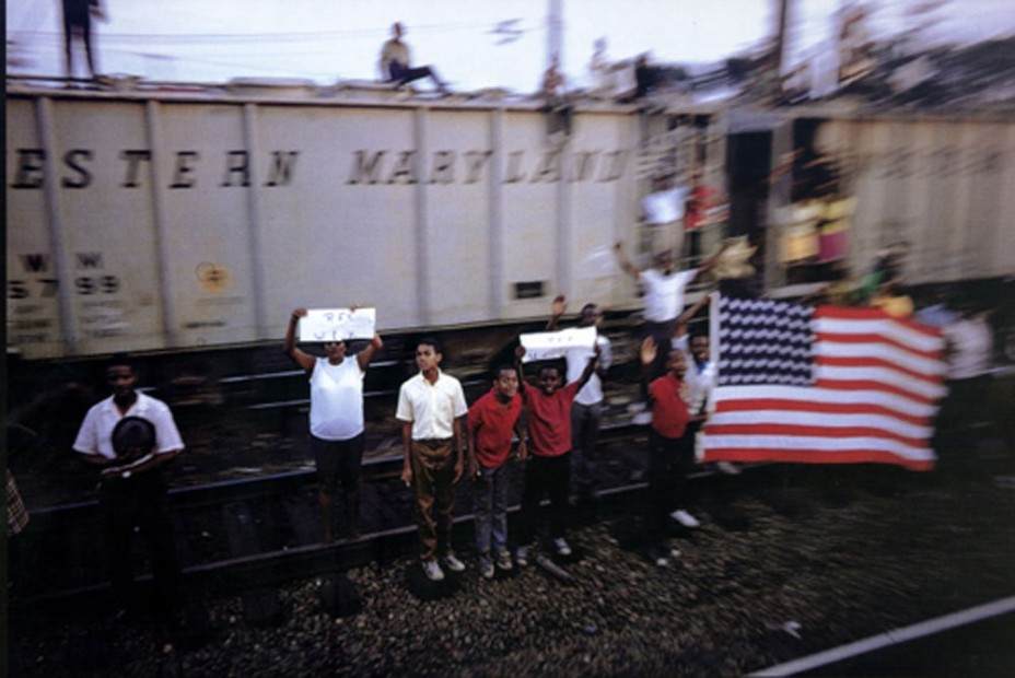 Paul Fusco RFK Funeral Train #2605 chromogenic print paper size: 20 x 24 inchesimage size: 15 x 22 inches