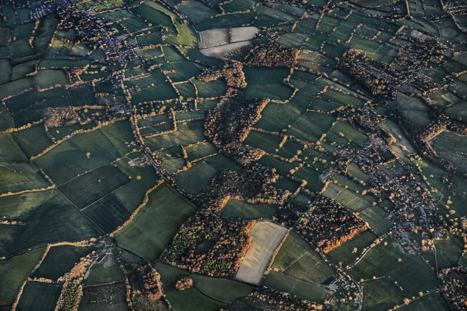 Scott Mead  BOS-LHR 04/21/2015 18:31:30  Fields and light, late afternoon, northern England  Copyright The Artist