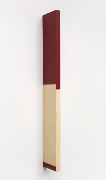 Active Object (Objeto ativo), 1961, Canvas over wood, 70 x 11 x 2 cm